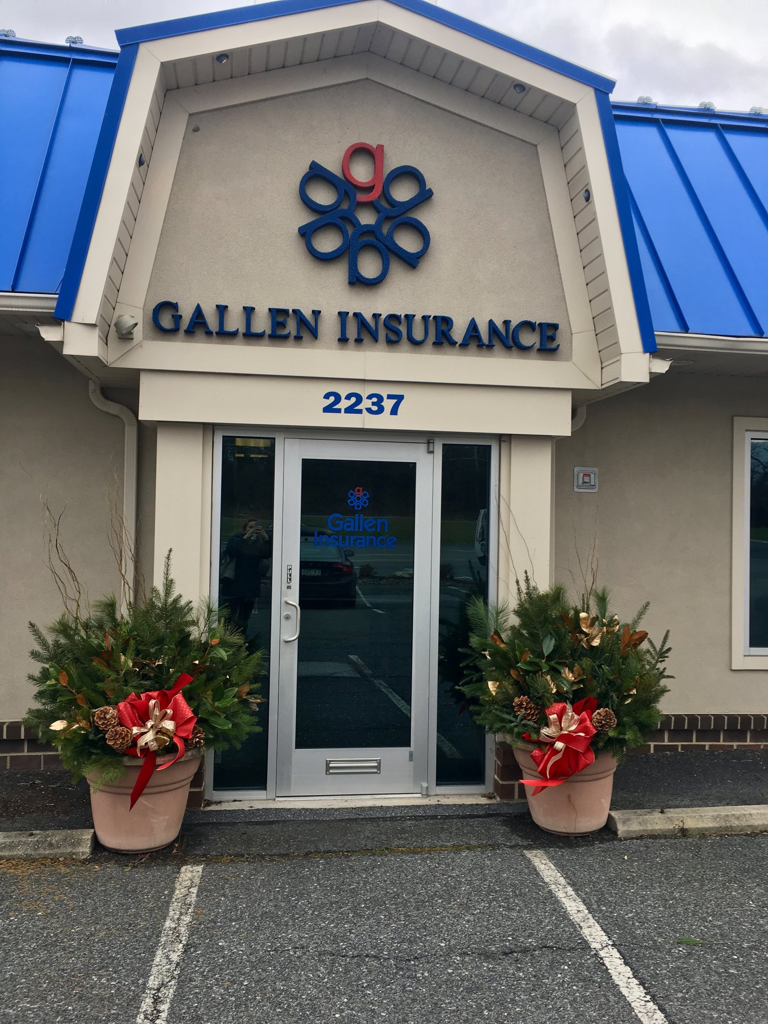 Thank you Stein's Flowers for helping our enterance prepare for the holidays