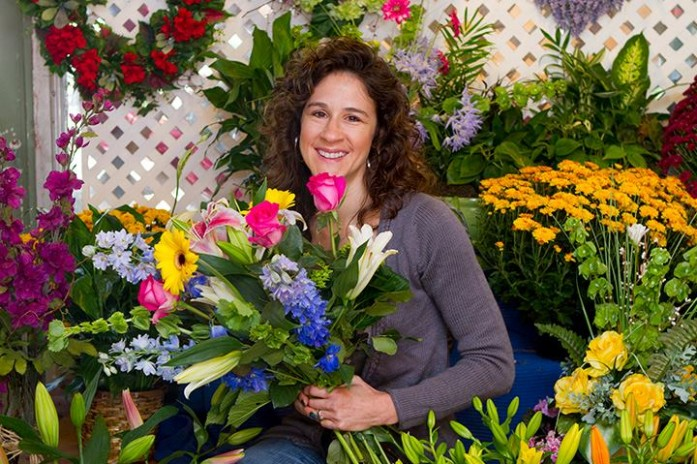 Shopping for a Valentine Bouquet? Be sure to Visit Steins Flowers. Amy & her team always ensure our office planters are seasonally decorated and welcoming.